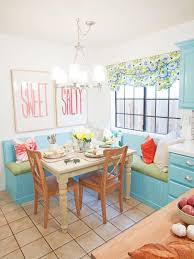 eat in kitchen decorating ideas 20 tips for turning your small kitchen into an eat in kitchen