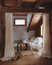 Loft Apartment Bedroom Ideas Best 25 Loft Bedroom Decor Ideas On Pinterest Loft Style