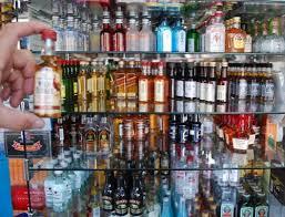Best 25 Miniatures Ideas On by Best 25 Miniature Alcohol Bottles Ideas On Pinterest Alcohol
