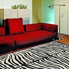 Black And White Zebra Bedrooms Red Sofa Decor Japanese Themed Living Room Wooden Table Japanese