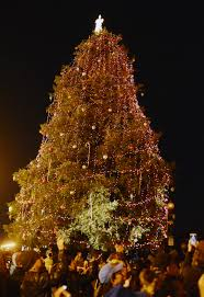 vacaville tree lighting 2017 christmas at the waterfront draws young old