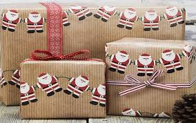 cheap wrapping paper best 25 gift wrapping ideas on wrapping presents cheap