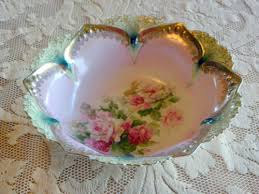 rs prussia bowl roses antique rs prussia bowl roses heavy gold trim point clover mold