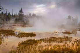 two nights in the old faithful inn yellowstone luxe beat magazine