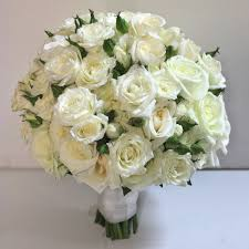White Wedding Bouquets Cool Eadfcabeeb With White Wedding Flowers On With Hd Resolution