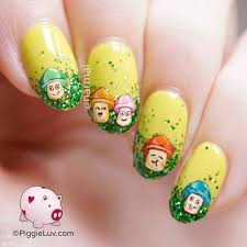 piggieluv spring mushrooms nail art