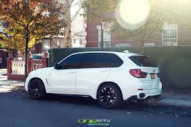 Bmw X5 White - alpine white bmw x5 gets m performance treats autoevolution