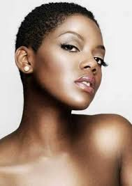 womans hairstyles for small faces short hairstyles for black women with round faces short