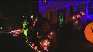 kids trick or treat in hooksett halloween night
