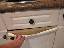 how to fix peeling thermofoil cabinets kitchen cabinet peeling how do you paint laminate kitchen cupboards