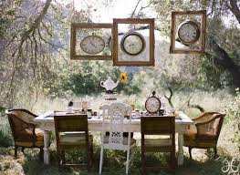 Wedding Table Signs 10 Creative Ways To Add Frames To Your Wedding Belle The Magazine