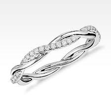 women wedding bands 31 best wedding bands images on rings jewelry and