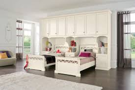 small closet bedroom wardrobe furniture decoration with creative