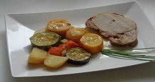cuisine roti de porc en cocotte recette rôti de porc en cocotte légumes de saison cuit au four