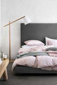 Gray Master Bedroom by Best 20 Pink Grey Bedrooms Ideas On Pinterest Grey Bedrooms