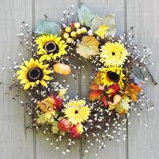 Sunflower Decorations 25 Creative Floral Designs With Sunflowers Sunny Summer Table