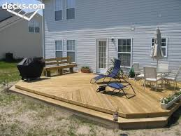Backyard Deck And Patio Ideas by Best 20 Small Backyard Decks Ideas On Pinterest Back Patio