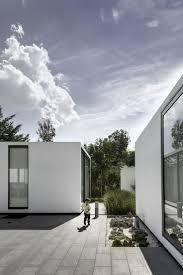 home plans with interior courtyards contemporary courtyard patios entry design ideas courtyard