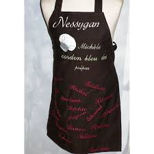 tablier de cuisine personnalisé pas cher tablier de cuisine personnalisé brodé par des prénoms et motif
