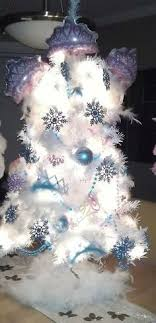 themed tree skirts 43 best disney s frozen themed christmas tree images on