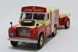 land rover corgi corgi cc07405 land rover series 2 109 with trailer rover mobile