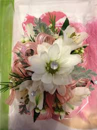 prom corsage ideas glam up your corsage with some accents inserted into the