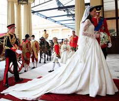 www wedding meghan markle s wedding dress costs 150 000 more than kate