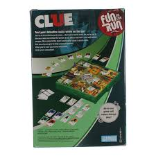 amazon com hasbro fun on the run clue travel game toys u0026 games