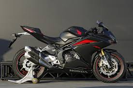 hero cbr new model 2017 honda cbr250rr launch price feature specifications