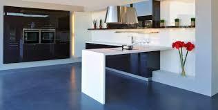 plan de cuisine en quartz plan de travail cuisine sur mesure granit quartz mural newsindo co