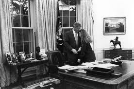 Oval Office Through The Years by Chelsea Clinton Through The Years Photos Abc News
