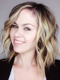 best curling wands for short hair curling short hair with a curling wand video tutorial the quick