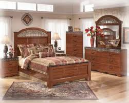 4 Poster Bedroom Set Estate 4 Piece Poster Bedroom Set