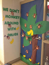 monkey ribbon ribbon week door