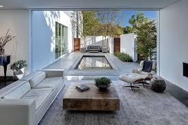 giving the courtyard home an urban twist casa di luce in dallas