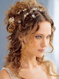 haircut styles for thick curly hair wedding thick curly hair barn weddings pinterest thick curly
