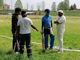 onu si e funzionari onu si sfidano a cricket all acquedotto lucca in diretta