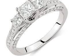 leo diamond ring ring the leo diamond engagement ring dreadful striking