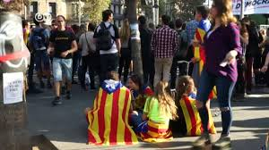 catalonians agree to disagree on independence from spain dw english