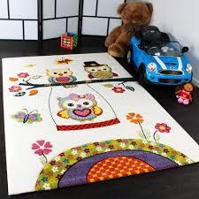 teppich f r kinderzimmer kinder teppiche spielende eulen teppiche für kinderzimmer in creme