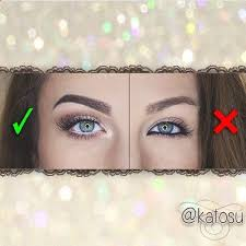 all you do for the check marked one is place white eyeliner on your bottom waterline and put white eyeshadow just below your eyebrows and on the inside