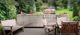 outdoor kitchen stainless steel