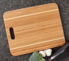 personalized cutting board personalized cutting board engraved 15x12 handle design 17