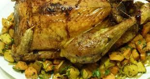 comment cuisiner un chapon au four recettes de chapon de noël et de patate douce