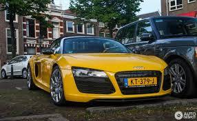 Audi R8 Yellow - audi r8 v10 spyder 2013 17 may 2017 autogespot