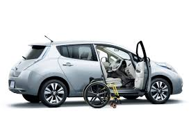 nissan leaf range 2013 nissan unveils 2013 leaf with new electric motor cheaper s grade
