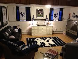 yankee bedroom loving new york yankees pinterest bedrooms