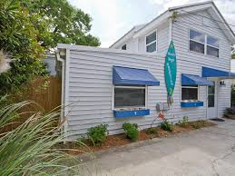 beach boys bungalow is a beautiful and homeaway tybee island