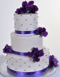 wedding cake murah dan enak wedding cake purple