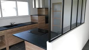 cuisine moderne et noir cuisine bois et noir simple cuisine taupe et bois